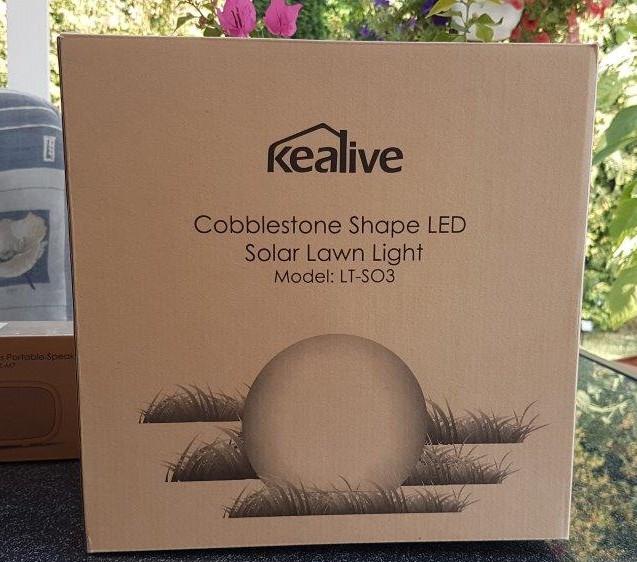 heike testet kealive led solar kugel gartenleuchte die. Black Bedroom Furniture Sets. Home Design Ideas