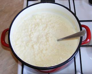 Orez cu lapte facut acasa reteta,