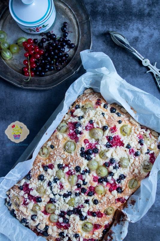 Ciasto z porzeczkami i agrestem