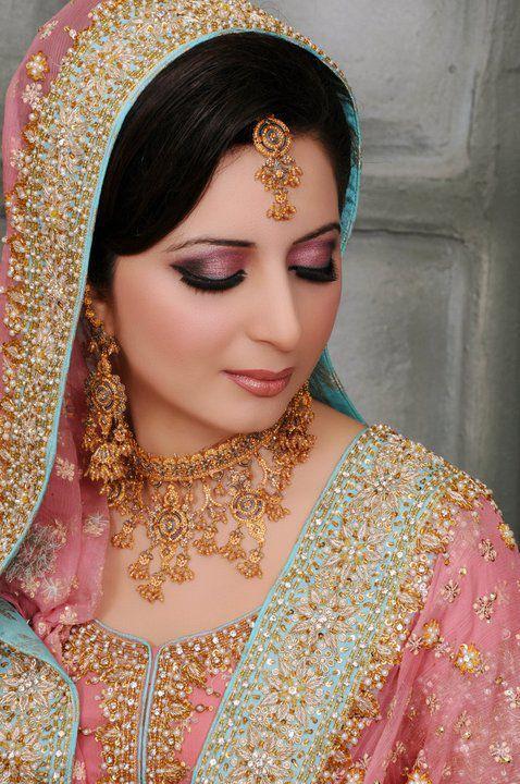 Girl In Gown Wallpaper Celebrity Gossip Walima Dresses