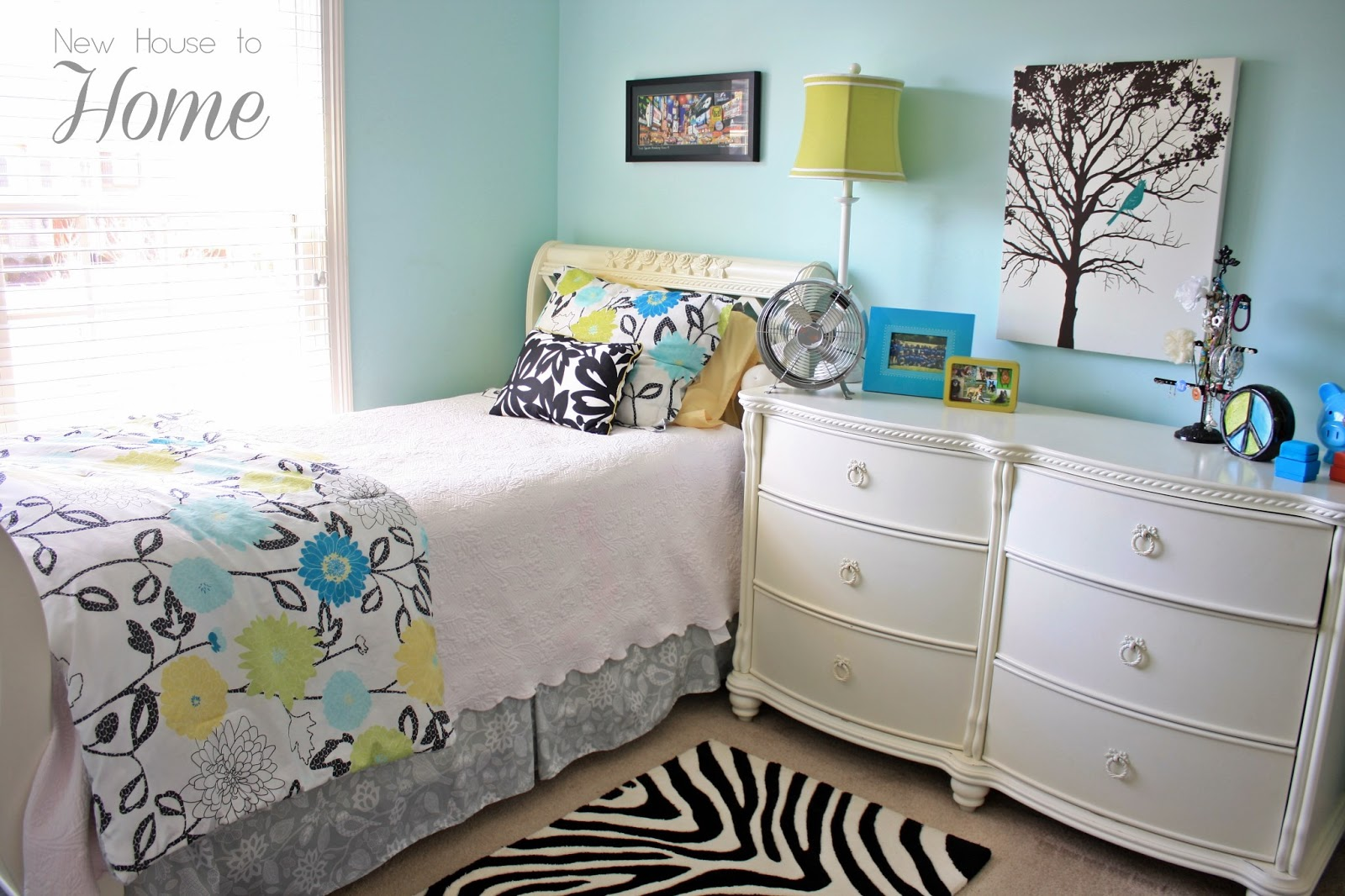 Baby kids room decorating on pinterest play kitchens - Tween girl room decor ...