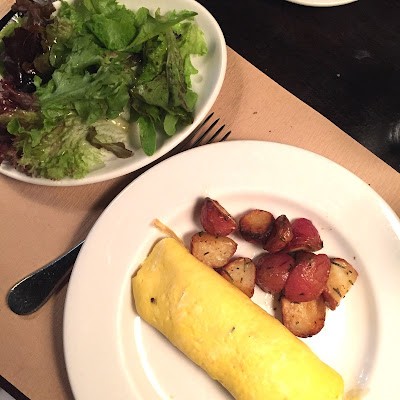 Egg omelette and salad