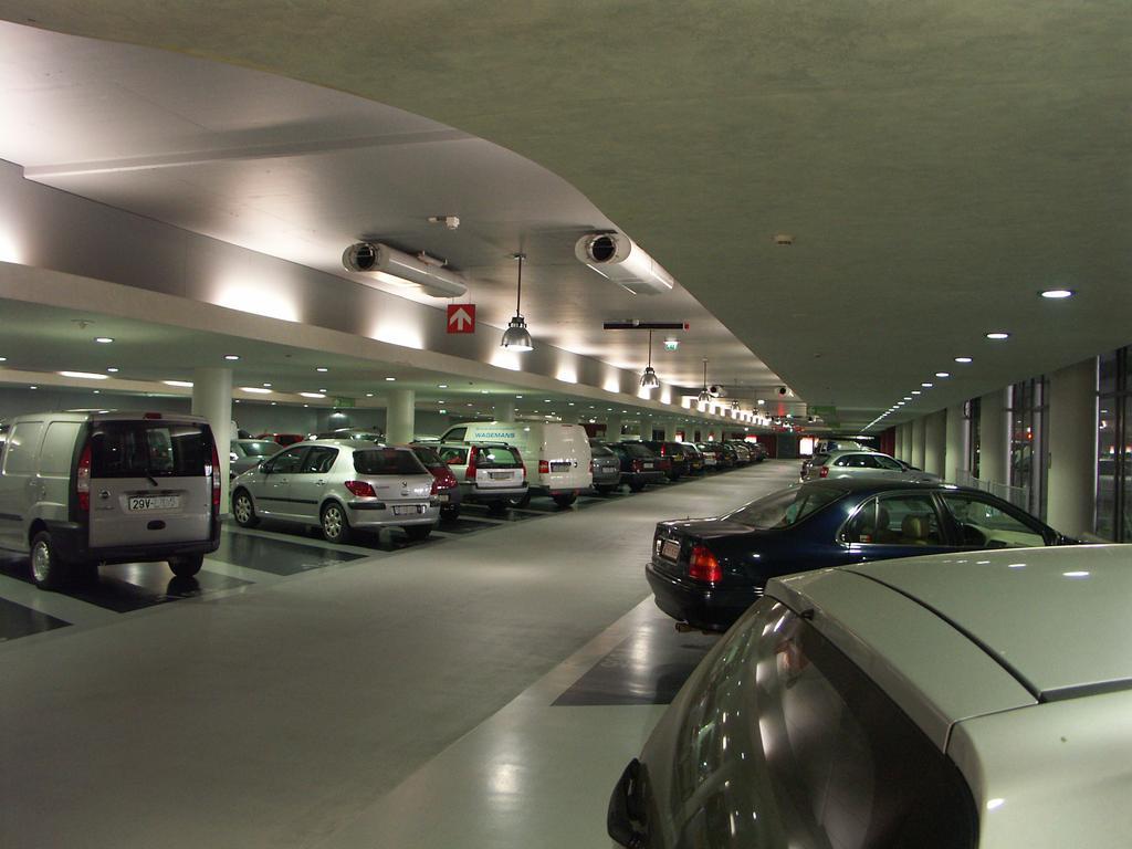 Hiệp hội Bất động sản: Quy định chung cư 3 tầng hầm gây ách tắc BĐS Hà Nội