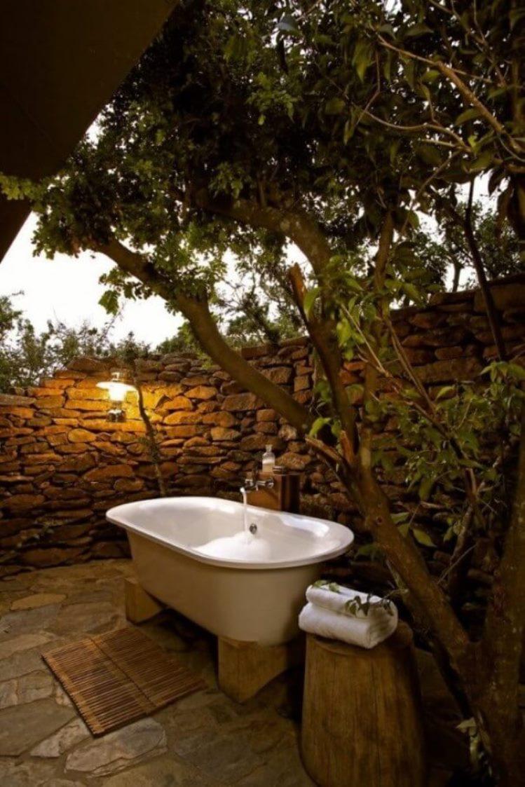 Outdoor bathroom design natural open air bathroom plans - Open air bathroom designs ...