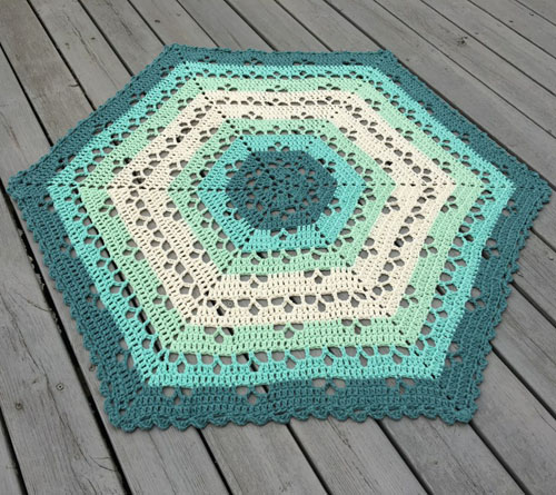 Cloudberry Blanket - Free Pattern