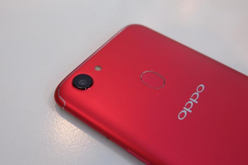 harga OPPO F5 4GB