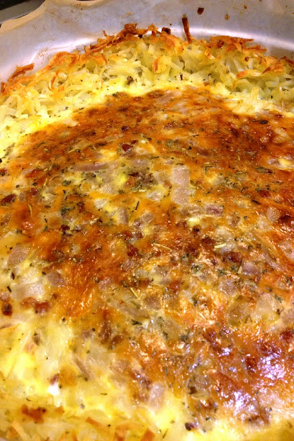 Easy meal ideas to get dinner on the table fast on busy nights - ham and cheese quiche with hashbrown crust