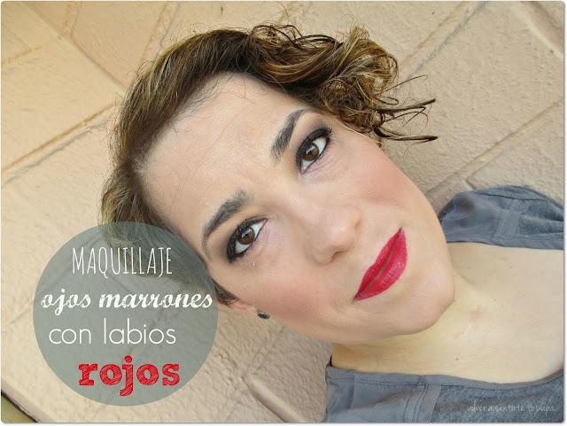 Maquillaje: ojos marrones con labios rojos