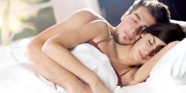 Inilah Posisi Seks Yang Harus Di Lakukan Saat Suami Mudah Klimaks