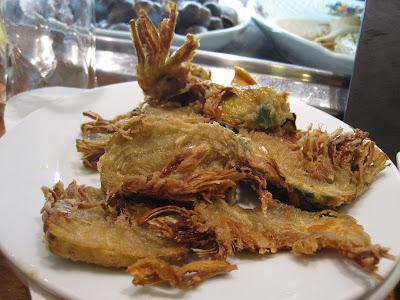 Barcelona, Cerveceria Baviera, fried artichokes