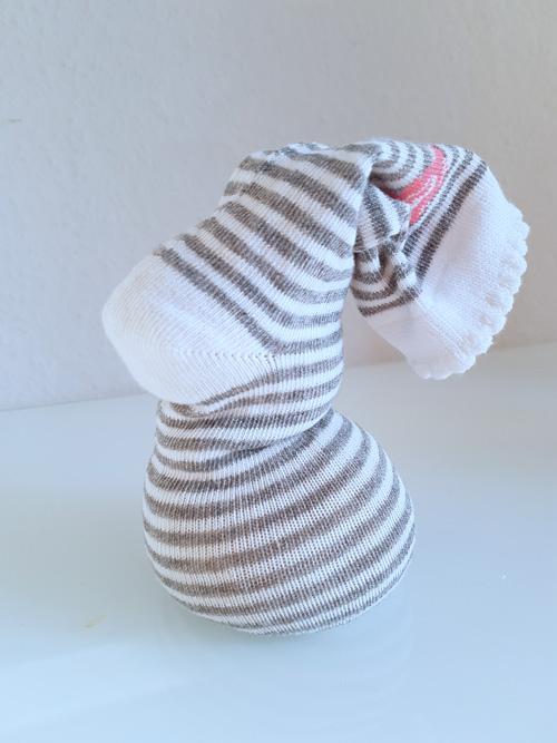 Annette Diepolder DIY Tutorial Hase Sockenhase Basteln Kinder Ostern
