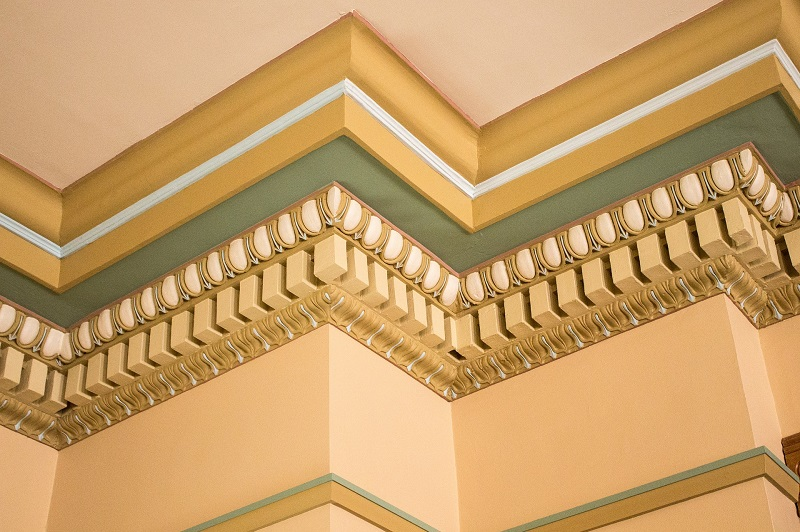 Enhance the Look of The House with Decorative Architectural Mouldings