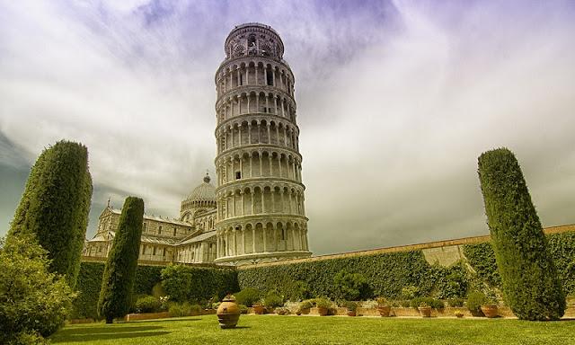 Cidade turística Pisa na Itália