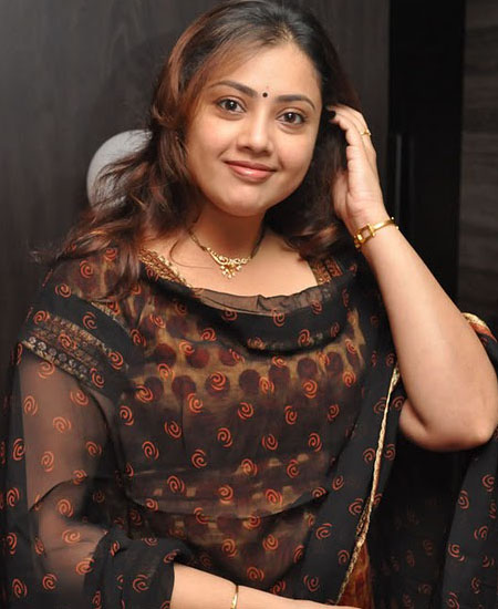 South Actress Hot Photo Images Wallpapers Photo In Saree