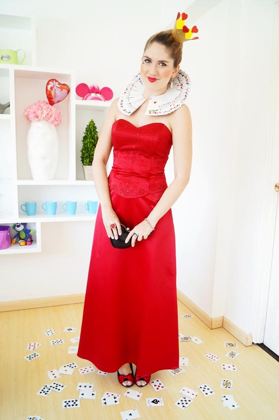 Easy Homemade Queen of Hearts Costume Tutorial for Halloween