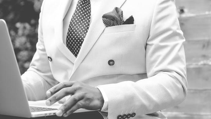 Wallpaper: Suit and Tie