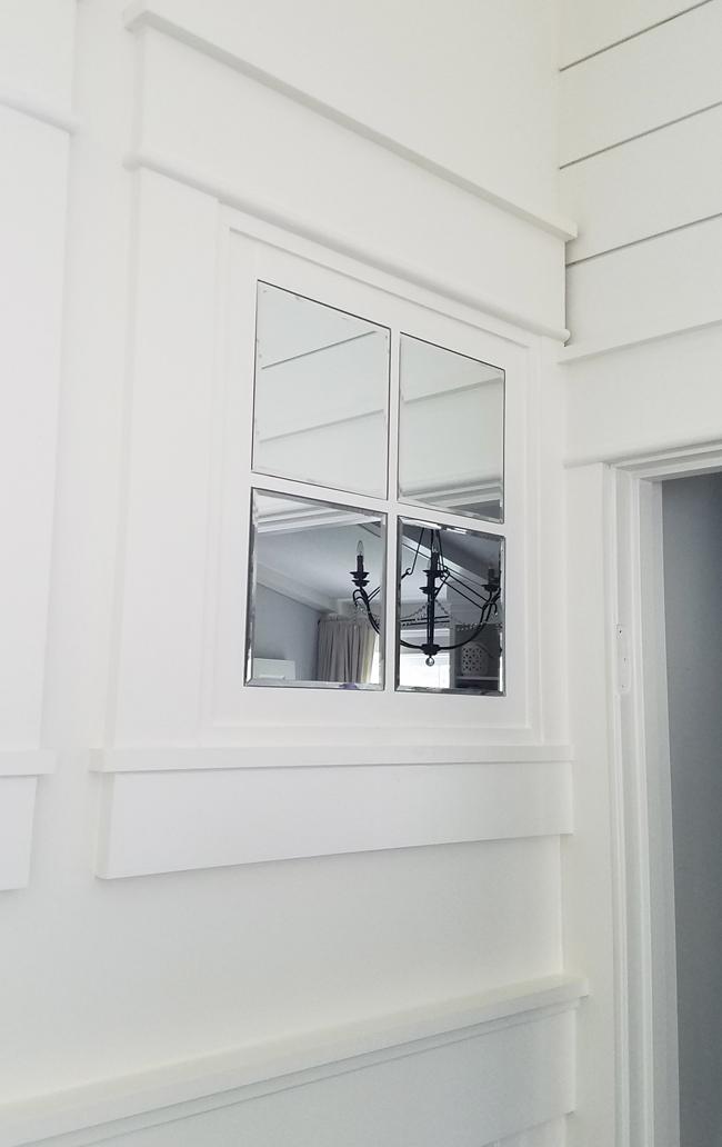 Bathroom Renovation: The Fake Window - Remodelando la Casa