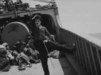 """Кадр из фильма Чарли Чаплина """"Иммигрант"""" (1917) - 1"""