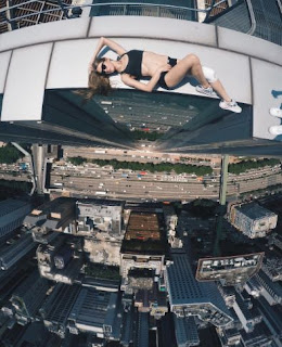 This Girl Took World's Dangerous Selfies,most dangerous Selfies,funny Selfies,girls Selfies,amazing Selfies,best Selfies,death while taking Selfies,Selfies death,beautiful Selfies,best Selfies picture,photo,images. Skyscraper Selfies,Selfies on very height building,how to took Selfies,world's best Selfies,dangerous photo shoots,death when took photo,best selfie ever taken,nice selfie,dead selfie