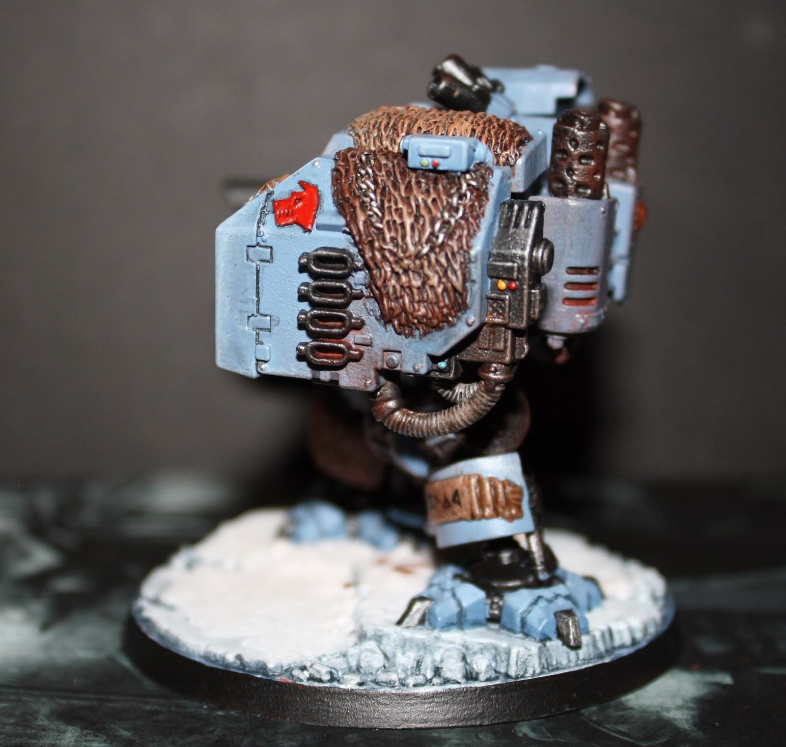 Space Wolf Dreadnought 2