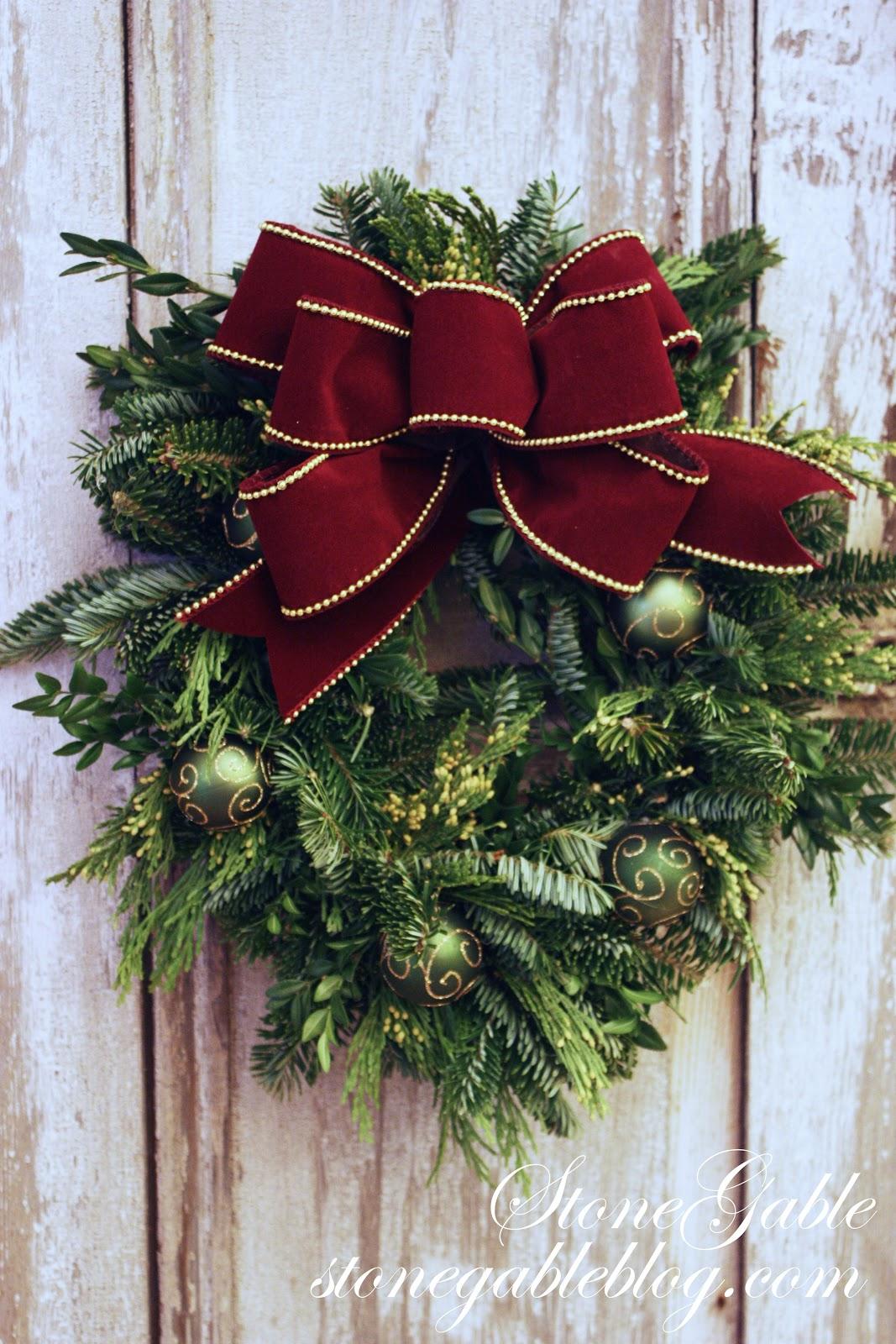 MAKING A CHRISTMAS BOW - StoneGable