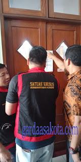 <b>Imbas OTT, Kejari Mataram Geledah Ruang Komisi IV DPRD</b>