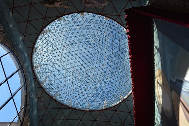 Teatre Museum Dali Art Figueres roof