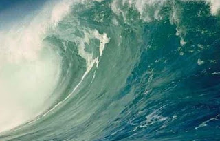Teks Eksplanasi Proses Terjadinya Tsunami
