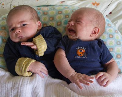 si-kembar-bayi-imut