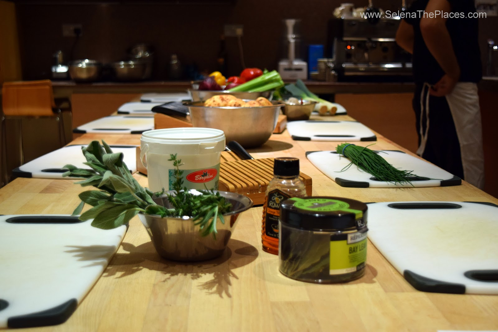 La Cucina Caldesi Cookery School