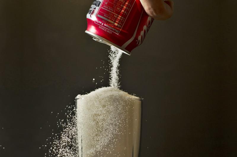 Copo com açúcar