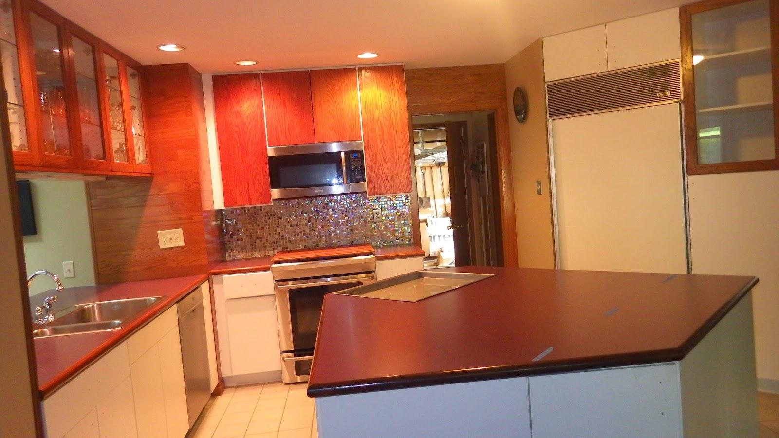 Kitchen Cabinets Upper Antique White Lower Knoty Alder