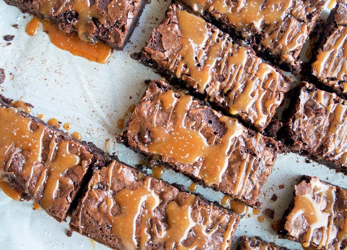 http://ahappyfooddance.com/salted-caramel-brownies/