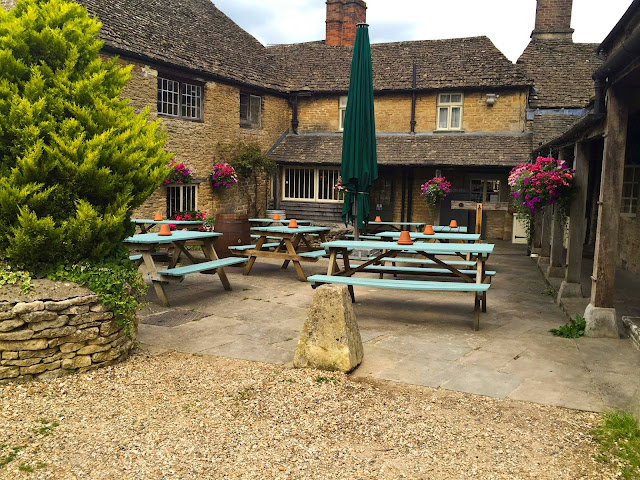 Picnic Tables | Lacock |  England | Chichi Mary Blog