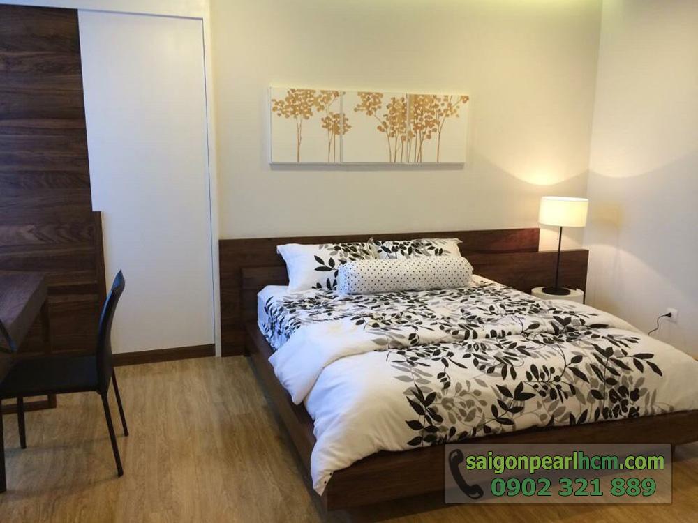 Bán Saigon Pearl giá tốt 3 phòng ngủ 135m2 nội thất siêu đẹp - phòng ngủ 2