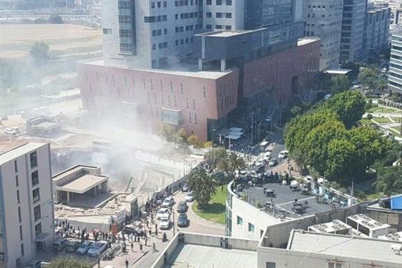 Prédio desaba em Tel Aviv e deixa vários ao menos 1 judeu morto