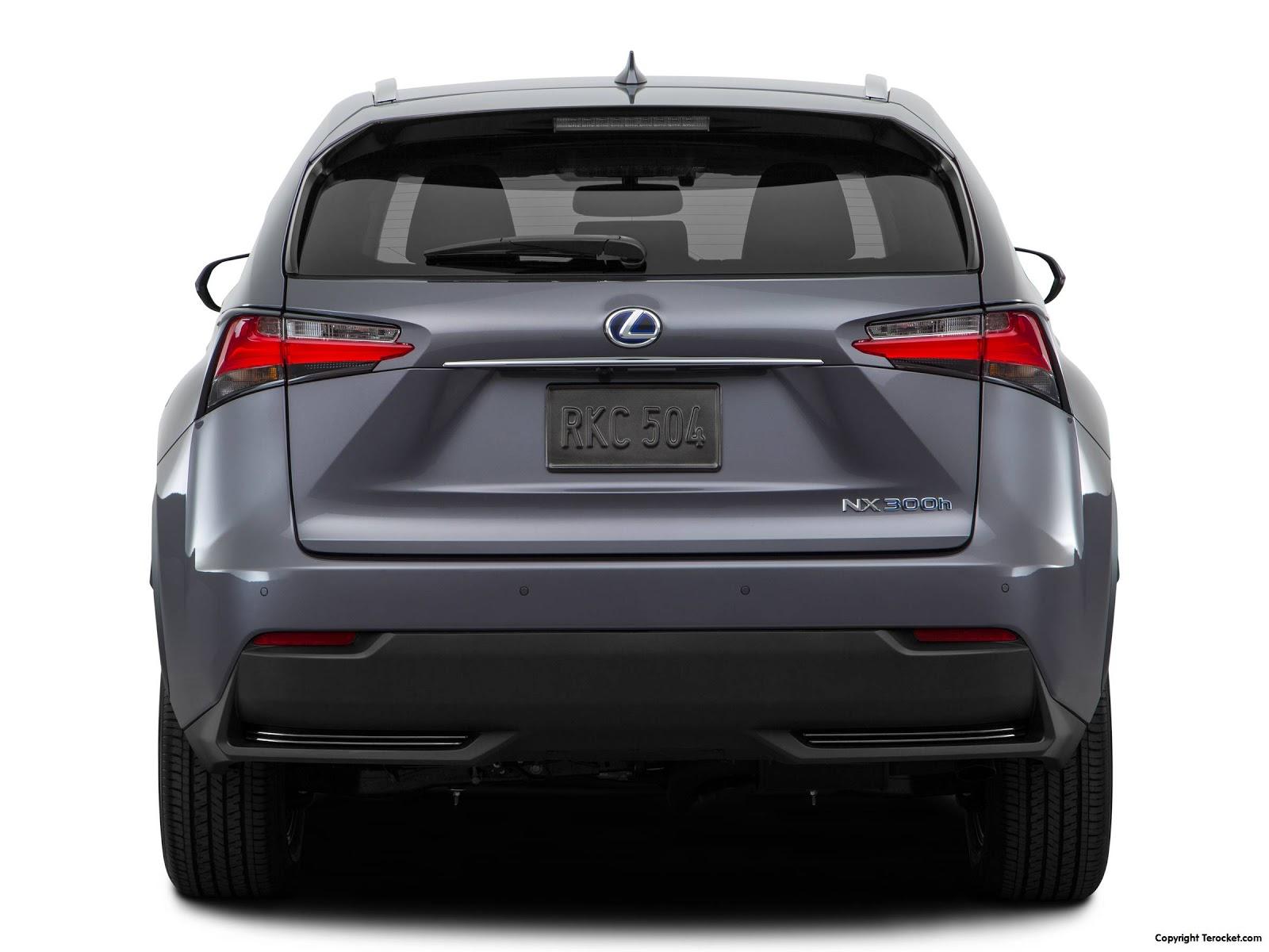 """Phía sau có ký hiệu NX300h, chữ """"h"""" ở đây có nghĩa là Hybrid"""