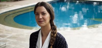 A Dona do Pedaço: Invejosa, Fabiana envenena Vivi e Camilo para acabar com noivado