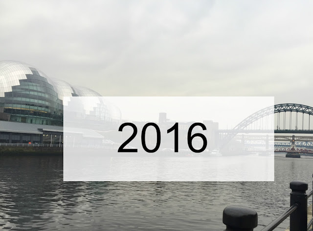 2016 sign on river tyne