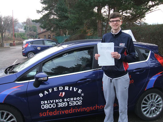 Driving lessons Chesterfield, Driving instructor Chesterfield, Driving school Chesterfield. BRILLIANT BRADLEY!