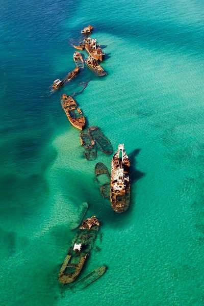 46 Unbelievable Photos That Will Shock You - Sand Bar Off the Bermuda Triangle That Caught 16 Ships