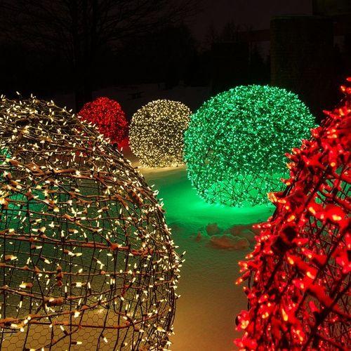 Aprende c mo hacer bolas gigantes para decorar en navidad - Como decorar una bola de navidad ...