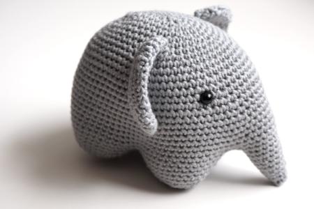 Tuto amigurumi éléphant au crochet - YouTube | Tuto amigurumi ... | 300x450
