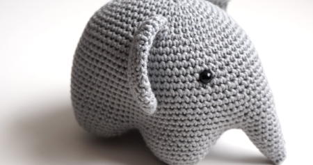 petite maille le crochet c 39 est pas ringard elephant au crochet. Black Bedroom Furniture Sets. Home Design Ideas