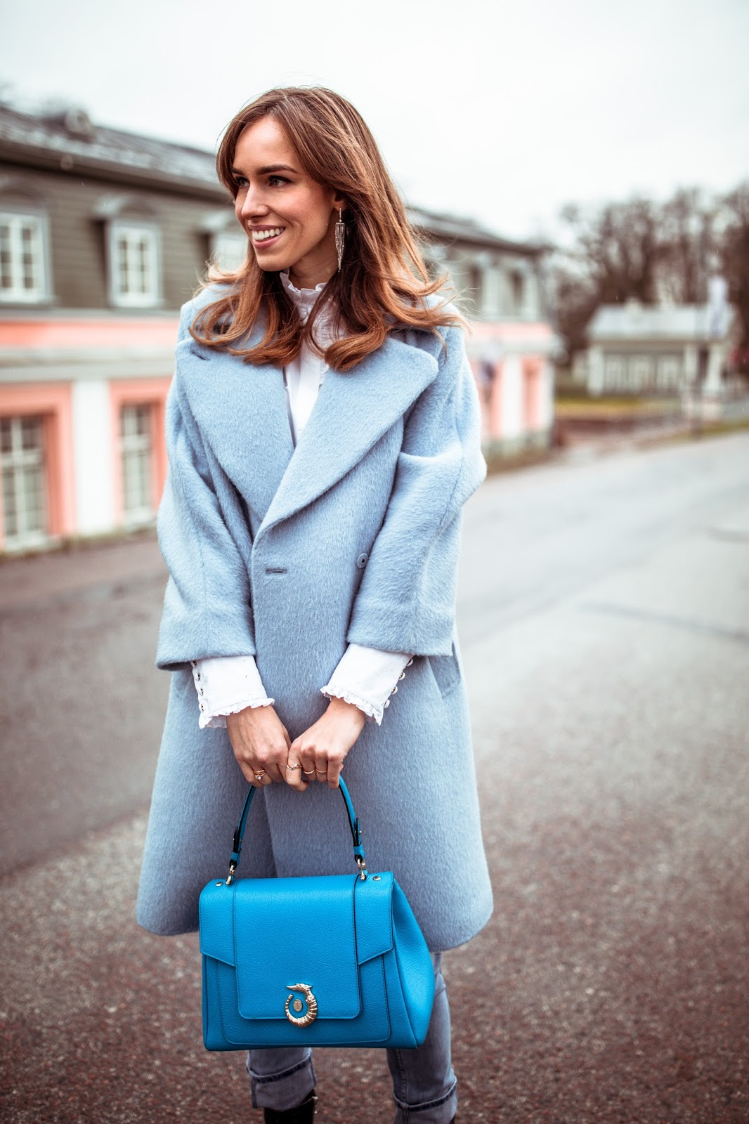 blue oversized coat outfit fall
