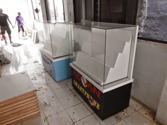 Etalase Konter HP - KiosK - Full Branding 02