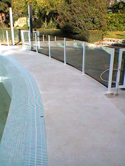 Talleres ce go s l barandilla piscina campus gas fenosa for Barandilla piscina