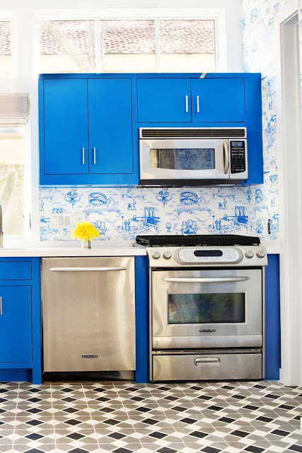 mavi-mutfak-dolabi