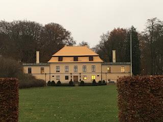 Gul herrgård i Malmös Rönneholmsparken