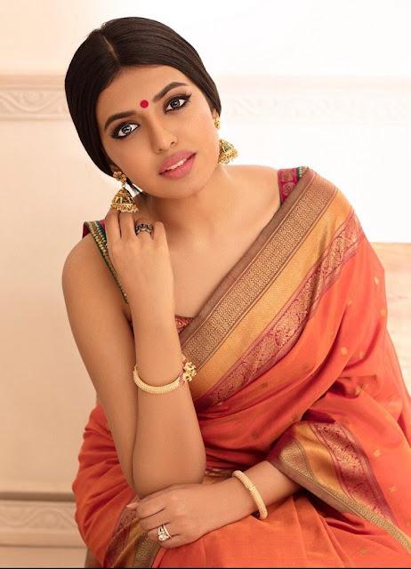 Shivani Rajasekhar Looks Hot